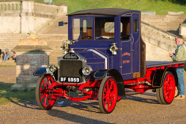 1924 - Albion Flatbed Lorry