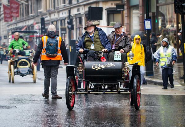 1902c Oldsmobile Curved dash Body