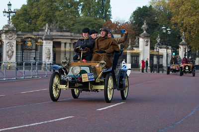 1904 - Cadillac 8.25hp Surrey