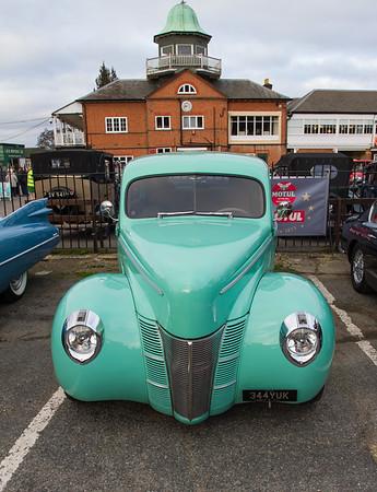 1940 Ford Deluxe Tudor Sedan Street Rod