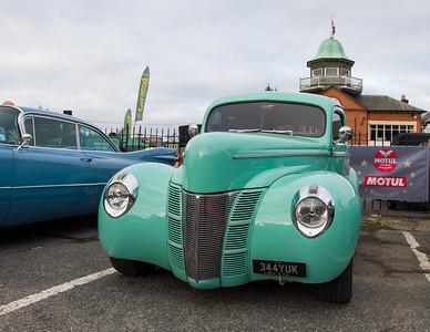 1940 - Ford Deluxe Tudor Sedan Street Rod