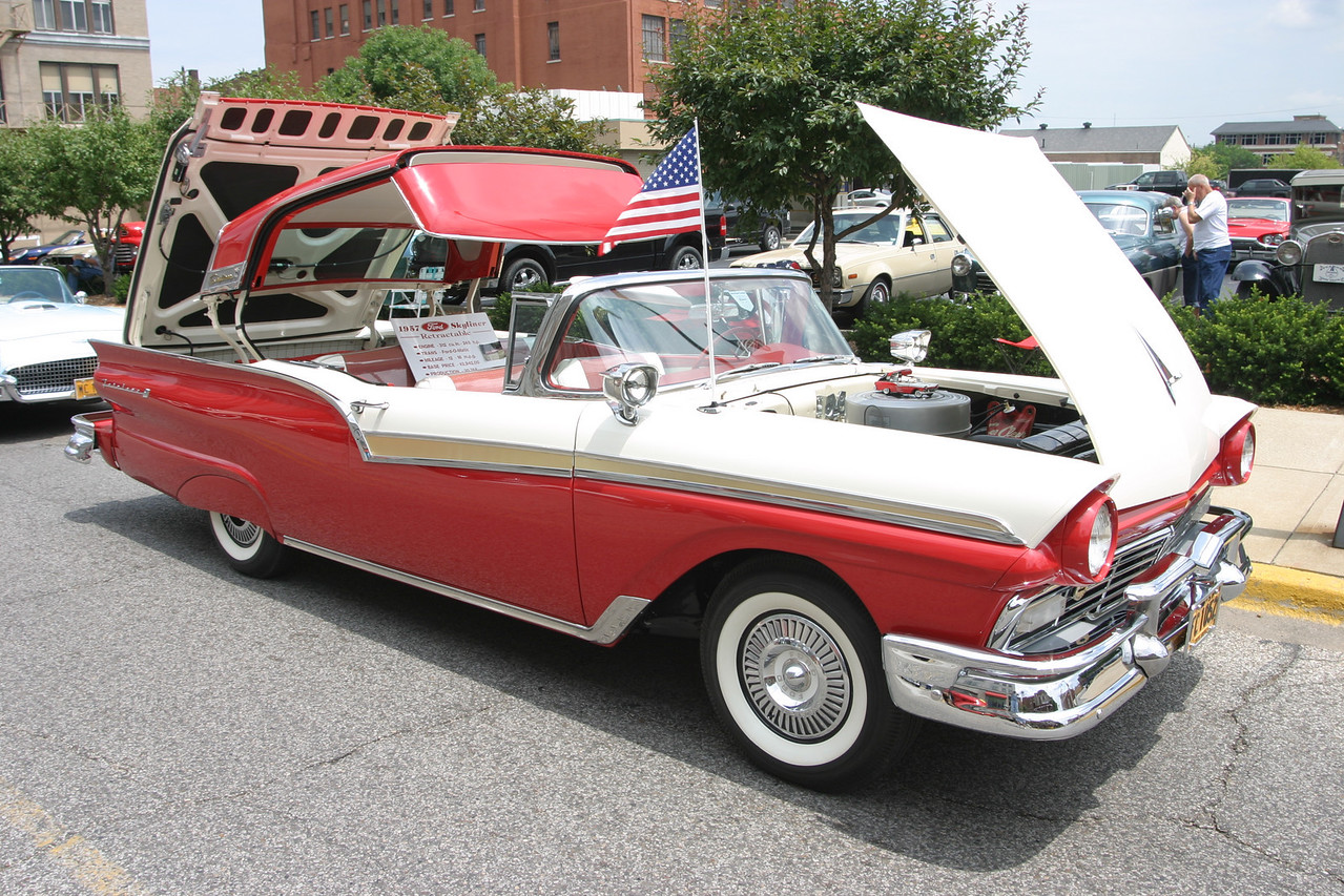 1957 Ford Retractable Skyliner.