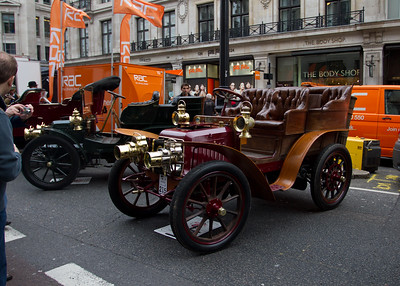 1902 - Panhard et Levassor 10hp Rear-Entrance Tonneau