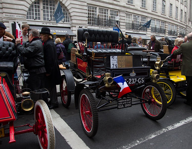 1900 Milwaukee 5hp Spindle-Seat Runabout (Steam Car)