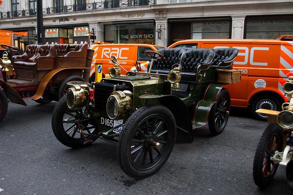 1903 Maxim 16hp Rear-Entrance Tonneau