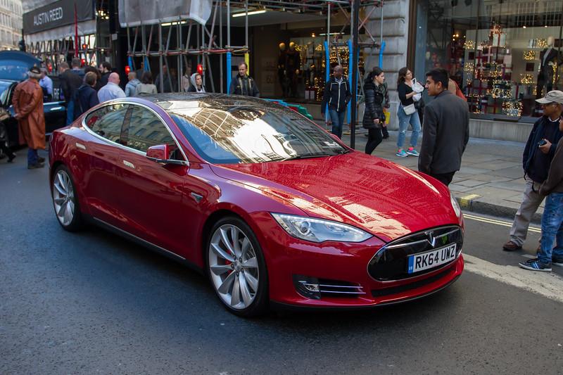 2014  - Tesla Model S