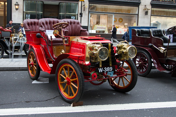 1903c - Darracq 12hp Rear-entrance tonneau