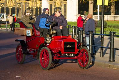 1904 - Ford 10hp Rear-entrance tonneau Body