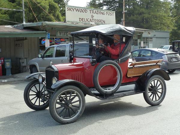 Model T's at Alice's