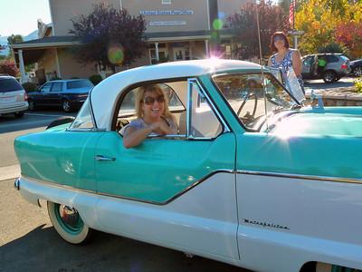 Nancy & Phyl chillin' in Clayton CA