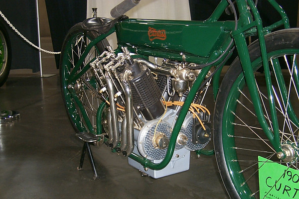 1907 Curtiss V4 motorcycle