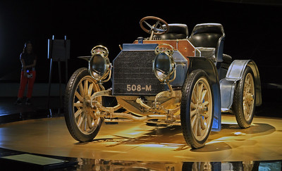 Mercedes Benz 508-M: 1902 40-HP Mercedes Simplex.
