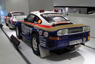 1986 Porsche 959 Paris-Dakar Winner, and in front is the Porsche 911 SC of Bjorn Waldegard from 1978 Kenyan Safari rally.