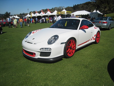 This GT3-RS has lipstick on and painted nails....ewww.