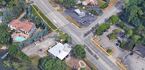 A screen shot of Google Maps look at Leapin' Lizards at Walton and Clintonville in Waterford.