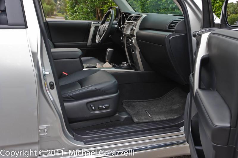 2011 Toyota 4Runner 1_11-001