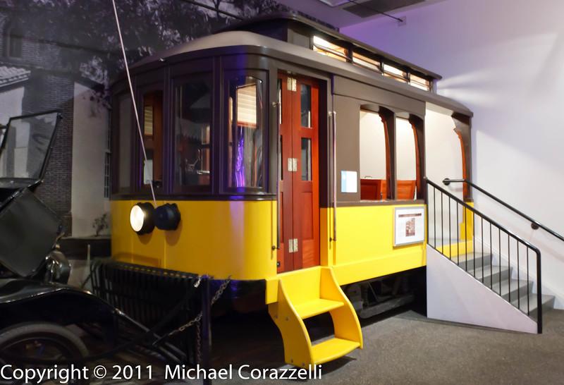 Petersen Auto Museum 1_11-012