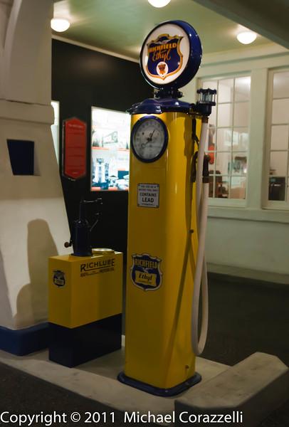 Petersen Auto Museum 1_11-041