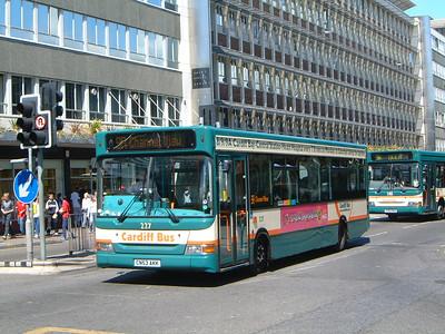 Cardiff Bus 227 Wood St Cardiff Jun 04