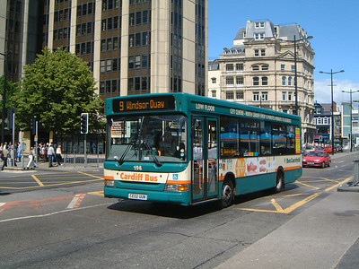Cardiff Bus 194 Wood St Cardiff Jun 04