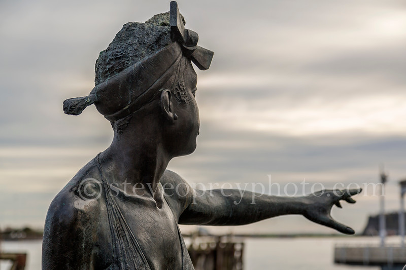 Cardiff Bay Statues