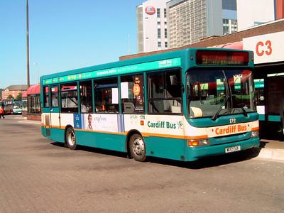 172 - W172EAX - Cardiff (bus station) - 1.8.07