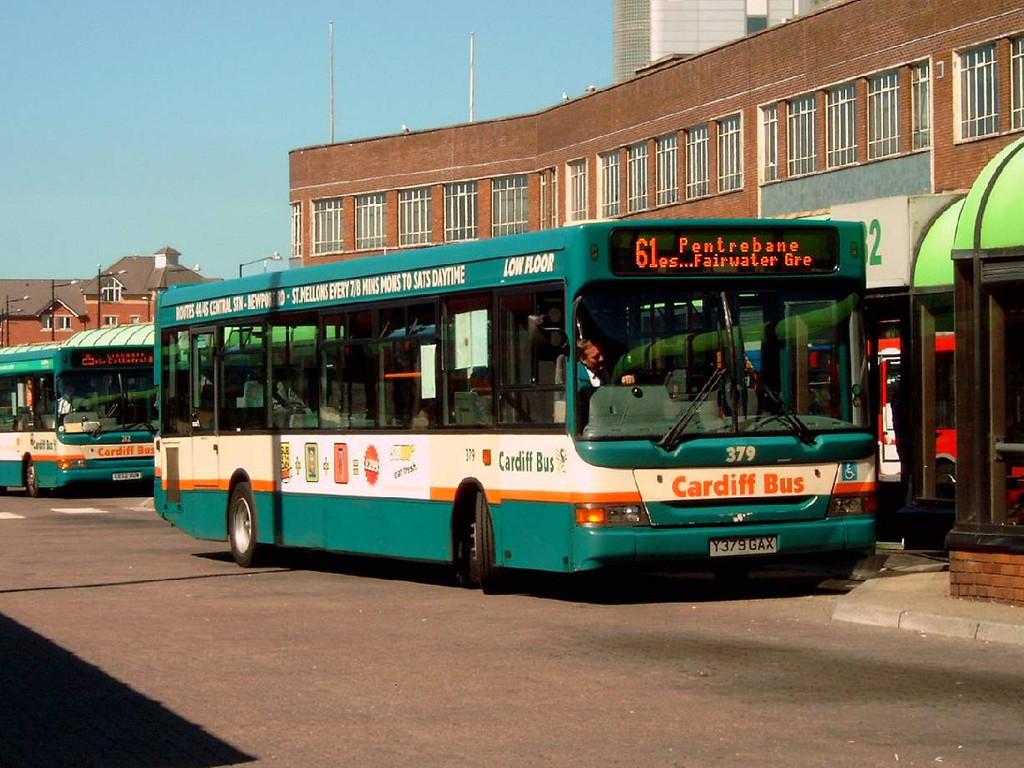 379 - Y379GAX - Cardiff (bus station) - 1.8.07
