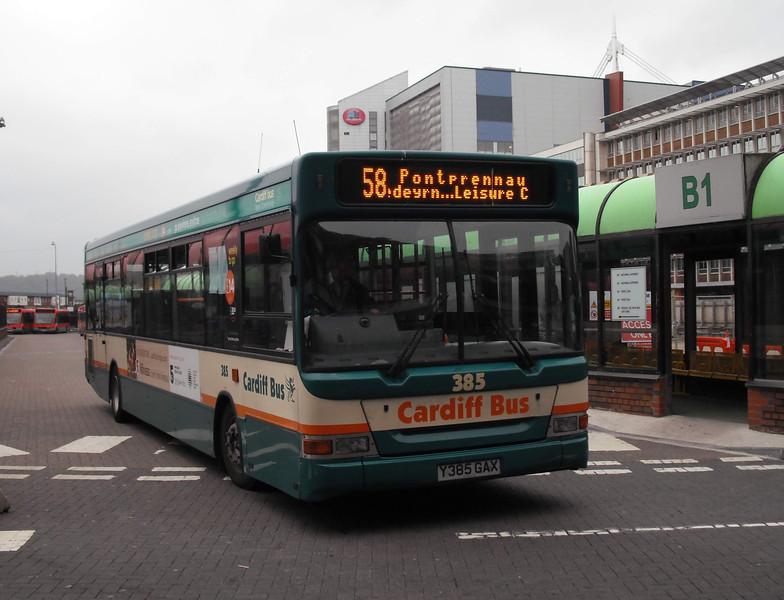 385 - Y385GAX - Cardiff (bus station) - 3.8.09