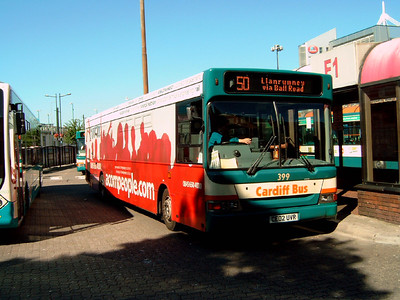 399 - CE02UVR - Cardiff (bus station) - 1.8.07