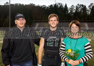 10 30 15 FB Senior Night022
