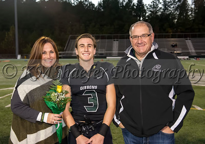 10 30 15 FB Senior Night024