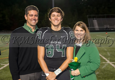 10 30 15 FB Senior Night031