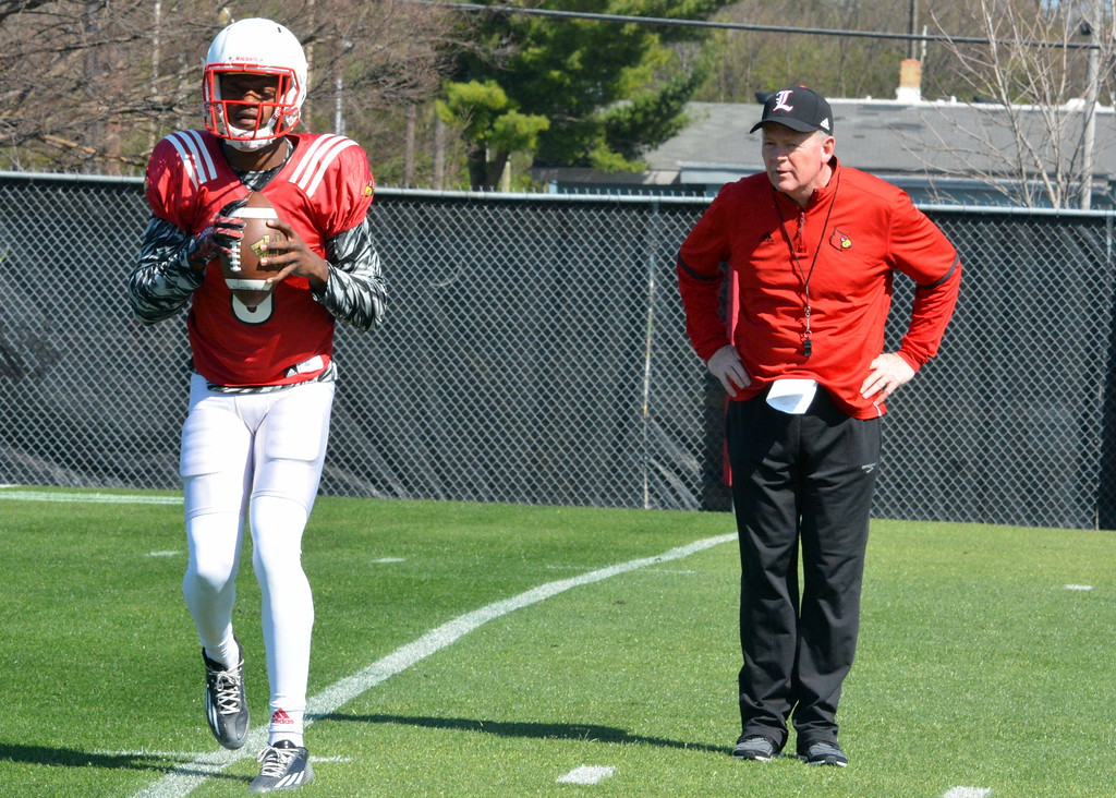 Lamar Jackson working with Petrino