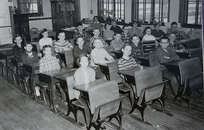 Sunnyside School 54-55, Jeanne Wikan, Ruth Ann Baier, etc.