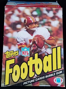 1983 Topps Football Wax Box w/ Joe Theismann
