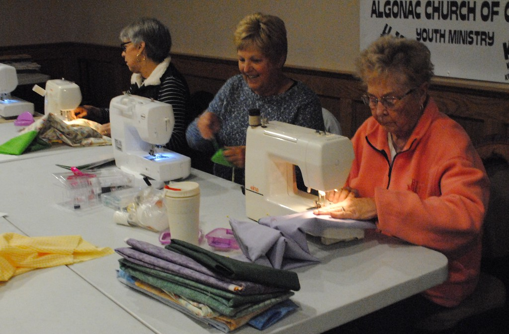 . Volunteers worked side by side at their sewing machines to make bags, pillow cases and blankets to donate to the Department of Human Services in St. Clair and Sanilac counties. (Photos by Colleen Kowalewski)
