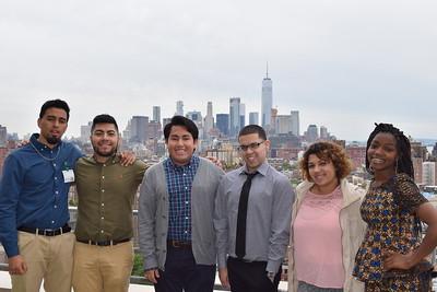 Students take in the Manhattan skyline