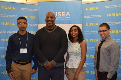 New Yorker reporter Jelani Cobb with students