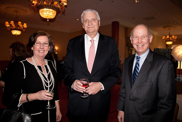 Lisa Shea, Ray Wrobel, Stuart Erbstein. 2013 Merrimack Valley Hospice Legacy of Leading Gala, Andover Country Club. Photo by Meghan Moore for Merrimack Valley Magazine.