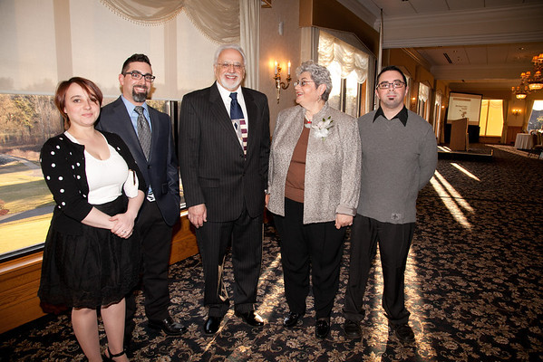 Sarah & Michael DiStefano, Chuck DiStefano, Rosanne DiStefano, Jason DiStefano. 2013 Merrimack Valley Hospice Legacy of Leading Gala, Andover Country Club. Photo by Meghan Moore for Merrimack Valley Magazine.
