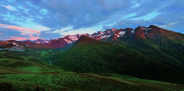 Just because I love mountains and alpenglow