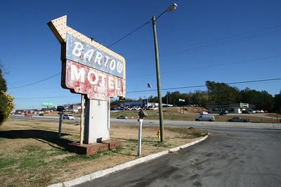 Motel w/Diner on Stage
