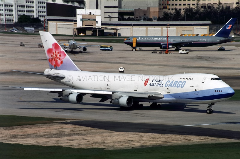 B-1864   Boeing 747-209B(SF)   China Airlines Cargo