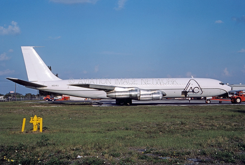 N524SJ   Boeing 707-311C   LAC Colombia