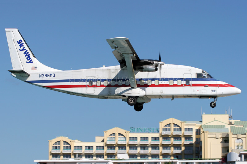 N385MQ   Short 360-300   Skyway Enterprises