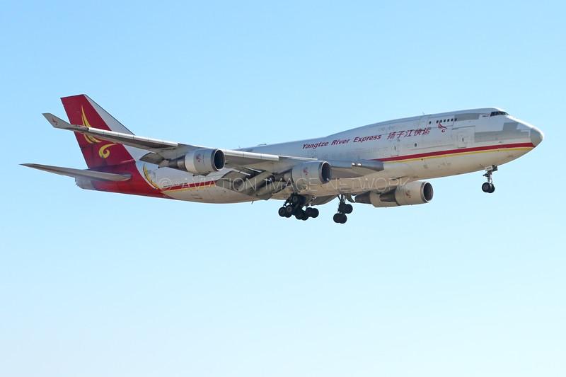 B-2435 | Boeing 747-481(BDSF) | Yangtze River Express