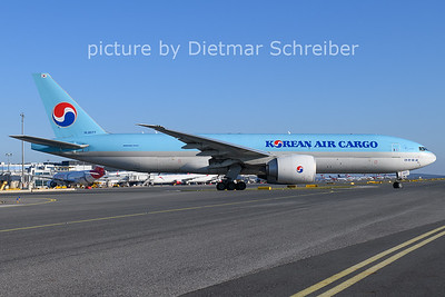 2020-11-21 HL8077 Boeing 777-200 Korean Air