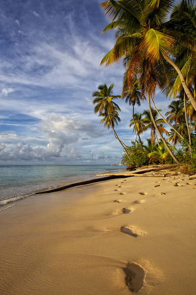 Man Friday footsteps, Tobago