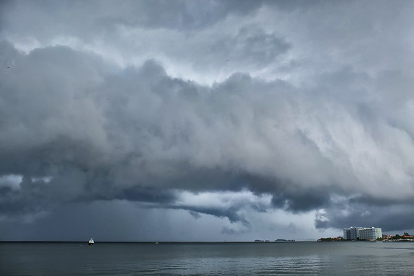 Storm a comin' over Gulf of Paria, from Bayside