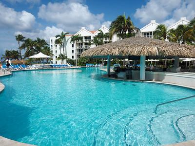 Renaissance Ocean Suites pool